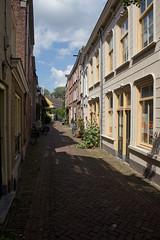 Den Bosch - Schilderstraat (grotevriendelijkereus) Tags: den bosch hertogenbosch city town stad centrum center noord brabant holland netherlands nederland alley steeg binnenstad historic historisch