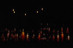 lumière sur le chateau du puy du fou (hyéronimous) Tags: puydufou spectacle nuit cinénéscénie château bougie