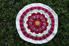 2017.07.18. sweet caroline part1. 3199m. (villanne123) Tags: 2017 crochet crocheting villanne virkattua virkattu helenshrimpton sandnessmart sweetcarolinecal