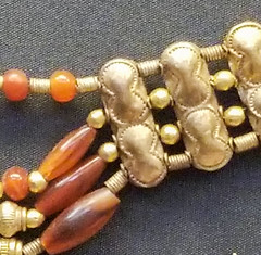 20170704_120538 (jaglazier) Tags: 1850bc1550bc 2017 7417 aigina archaeologicalmuseums beads britishmuseum bronzeage copyright2017jamesaferguson crafts cretan cypriot cyprus england greek jewelry july london minoan museums mycenean necklaces stoneworking urbanism archaeology art carnelian cities crete gold goldworking metalworking palestinian