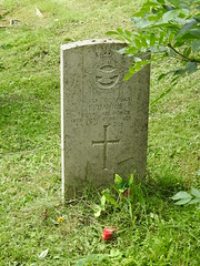 Monmouth Cemetery, Osbaston Road, Monmouth 12 July 2017 (Cold War Warrior) Tags: corporaledwindavies raf royalairforce ww2 cwgc taphology cemetery graveyard monmouth monmouthshire