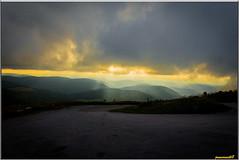 Le ciel en connait un rayon (jamesreed68) Tags: coucher soleil paysage nature rayon lumière nuages vosges montagne 68 alsace france hautrhin grandest hohneck