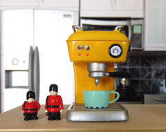 Kawaii Kitchen # 2 (MurderWithMirrors) Tags: rement miniature coffeemaker espresso cup soldiers queensguard mwm