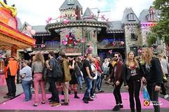 Roze Maandag, Tilburgse Kermis - 2017 (Omroep Brabant) Tags: rozemaandag tilburgsekermis omroepbrabant tilburg kermis brabant nederland holland thenetherlands homofeest homos gay lesbiennes roze gayforaday wwwomroepbrabantnl