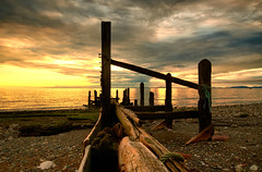 Sunset Groyne 2 (tonybeavers) Tags: groyne sunset sea light clouds