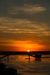 Corumbá (José Eduardo Nucci Photography) Tags: corumbá pantanal pôrdosol cores brasil paisagem joséeduardonucci nikon d800 ponte nuvens silhuetas céu