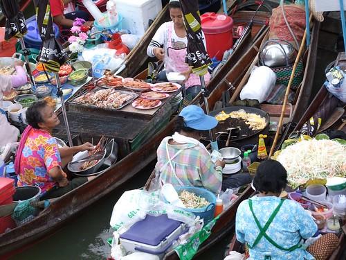 marché flottant amphawa - thailande 70