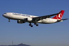 TC-JIL | Turkish Airlines | Airbus A330-203 | CN 882 | Built 2007 | BCN/LEBL 29/03/2017 | ex VT-JWH (Mick Planespotter) Tags: aircraft airport 2017 nik sharpenerpro3 tcjil turkish airlines airbus a330203 882 2007 bcn lebl 29032017 vtjwh barcelona elprat a330