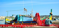 MARSAXLOKK TYPICAL MALTESE BOAT (patrick555666751) Tags: marsaxlokktypicalmalteseboat barque barco malta europe europa flickr heart group fishing village de pecheurs filets peche red rot rood rojo rosso amarillo giallo gelb yellow jaune bleu blau blue malte rouge mediterranee mediterraneo mediteranean typographie typography letter lettre number nombre