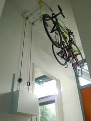 henry-hallway-bike-lift-1 (@WorkCycles) Tags: bicycle bike ceiling fiets fietsen hall henry home lift plafond projects stalling storage workcycles