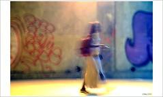 J'ai vu une étoile filante.... (mamasuco) Tags: nikon d7000 paris silhouette graffitis