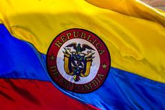 Soy colombiano (TobiTr3s) Tags: colombia independencia bandera escudo libertad orgullo oh tobitr3s tobitr3sfoto república