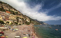 Spiaggia Grande - Positano (Italy) (Andrea Moscato) Tags: andreamoscato italia view vista vivid beach shore sea seascape seashore sand sabbia mare mediterraneo mediterranean cielo clouds city città nature natura nuvole sky people persone paesaggio cliff scogliera blue white yellow shadow light water acqua day buildings case boat
