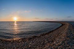 ringlike (Thomas Heuck) Tags: lubmin hafen habor sonnenuntergang sunset damm levee wasser water küste coast greifswald landschaft landscape sea