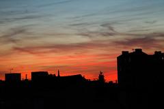 IMGL4011_DxO (baptisteflageul) Tags: couchedesoleil sunset soir evening soleil sun nuages clouds cloudporn ciel sky skyporn orange rouge red jaune yellow wow nature paysage landscape bleu bluehour blue paris france urbain urban