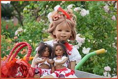 Tivi und die Minis im Rosengarten ... (Kindergartenkinder) Tags: seppenrade tivi rosengarten blumen personen kindergartenkinder garten blume park frühling annette himstedt dolls leleti