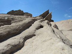 Vasquez Rocks, Sierra Pelona Mountains, Agua Dulce CA (2) (leiris202) Tags: vasquezrocks sierrapelonamountains aguadulce california losangelescounty