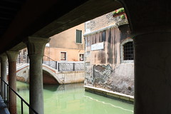 Way of quiet (MaicholSky) Tags: quiet silence silenzio water acqua via venezia venice shadow