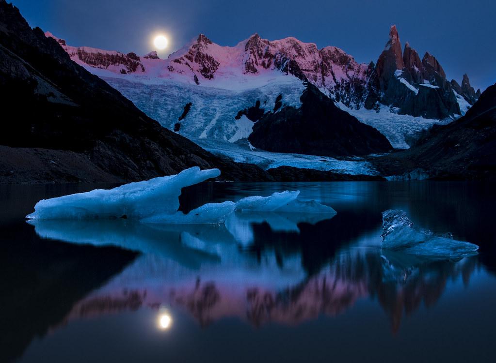 Lago Verde (maybe) Moonset