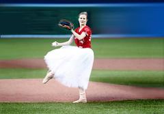 Anglų lietuvių žodynas. Žodis field-sports reiškia lauko sportas lietuviškai.