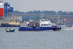 Hythe Scene (David Blandford photography) Tags: hythe ferry southamptonwater solent southamptondocks hampshire blue funnel ferries