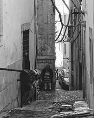 Alfama (joaodematos.photography) Tags: alfama lisboa portugal street rua streetphotography bw wb film 35mm pretobranco brancopreto blackandwhite whiteandblack contrast contraste cidade city arquitetura architecture women mulher pessoa people pictorialismo pictorialism art pictorialist
