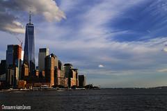 TORRE DE LA LIBERTAD. FREEDOM TOWER. WORLD TRADE CENTER. WTC. ONE WORLD OBSERVATORY. NEW YORK CITY. (ALBERTO CERVANTES PHOTOGRAPHY) Tags: torre ciudad city newyork cielo nubes cloud rio edificio building freedomtower wct oneworldobservatory worldtradecenter ngc torredelalibertad