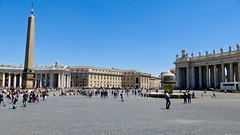 Vatican (Mr. Kaya) Tags: vatican vaticancity italy europe stpeterssquare piazzosanpietro