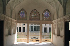 Abbāsi house 2 (rob.brink) Tags: abbasi house kashan iran persia palace courtyard architecture islam middle east persian column arch