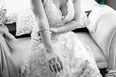Ale y Sara_129 (Almu_Martinez_Jiménez) Tags: boda wedding bride groom novios marbella pareja couple familia love amor gente portrait weddingtime ramo vogue casual canon fotografa