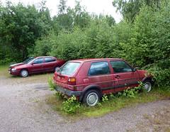 Päivä no:112 Reitti no:112 no:12 (neppanen) Tags: sampen discounterintelligence helsinginkilometritehdas helsinki suomi finland laajasalo päivä112 reitti112 päiväno112 reittino112 auto parkkipaikka car