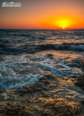 Tramonto dai colori magnifici - isola delle Correnti - Portopalo (Albi Nikon) Tags: nikon filtri raymasters sicilia colori stupendi onde