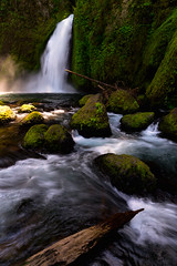 Flow of Wahclella (Darkness of Light) Tags: columbia river gorge oregon waterfall wahclella falls elowah latourell multnomah wahkeena oneota cascade sunshine green yellow hitec formatt firecrest nd cpl circle polarizer sony a7r2 zeiss batis 18mm mist