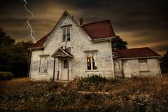 Who left the light on? (Alex Bruce Photo) Tags: abandoned pei princeedwardisland farmhouse lightening