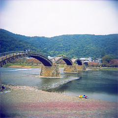 kintai bridge (thomasw.) Tags: kintai japan nippon asia asien travel travelpics wanderlust analog cross crossed holga mf 120 expired