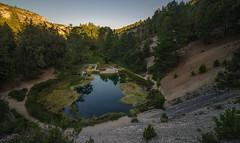 La Fuentona. (Amparo Hervella) Tags: lafuentona soria españa spain lago agua paisaje naturaleza reflejo árbol largaexposición d7000 nikon nikond7000 comunidadespañola