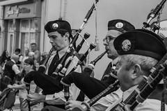 20170716-IMG_1074 (Volmar Oliveira Junior) Tags: pipe band arklow ireland music irish pipebag bnw city eurotrip