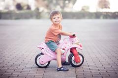 The rude biker (iker_oa) Tags: moto motorista motorbike hello kitty portrait retrato niño child boy