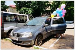 Balloons. (Ігор Кириловський) Tags: balloons chernivtsi ukraine slr nikonf5 af zoomnikkor 28105mmf3545d film kodak colorplus200 promaster spectrum7uv