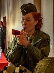 Arme de séduction massive;) (jeanclaude-Betapixel) Tags: gi défilémilitaire libération américain rougeàlèvres iphone6