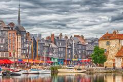 Honfleur (laurent 57) Tags: ville paysage hdr eau reflet water reflection normandie france honfleur city house bateaux port harbor boats