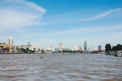 _MG_1387 (WayChen_C) Tags: thailand bangkok chaophrayariver ประเทศไทย บางกอก กรุงเทพมหานคร river แม่น้ำเจ้าพระยา thaigraduationtrip 泰國 曼谷 昭披耶河 畢業旅行