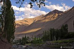 12-06-28 India-Ladakh (306) Alchi R01 (Nikobo3) Tags: asia india ladakd kashmir kachemira karakorum himalayas alchi paisajes naturaleza travel viajes nikon nikond200 d200 nikon247028 nikobo joségarcíacobo flickrtravelaward ngc