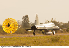 F-5M (Força Aérea Brasileira - Página Oficial) Tags: aeronavesdecaca bacobaseaereadecanoas baseaereadecanoas canoasrs f5em fab forcaaereabrasileira fotoviniciussantos operacaoagata pacau pampa pousoedecolagem rs agata7 baco brazilianairforce forçaaéreabrasileira brasília df brazil bra