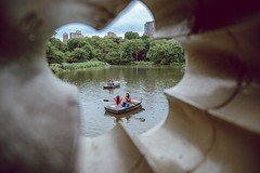 Bow Bridge - Central Park (kareszzz) Tags: bow bridge central park nyc newyork 2017 june summer bowbridge centralpark usa travel boat people boats lake framing subframing