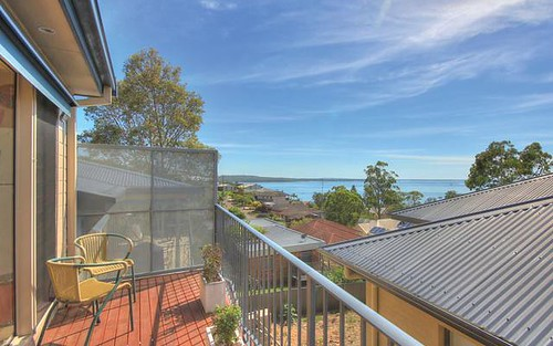 2/18 Vista Avenue, Soldiers Point NSW