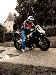 aprilia (driver Photographer) Tags: 摩托车,皮革,川崎,雅马哈,杜卡迪,本田,艾普瑞利亚,铃木, オートバイ、革、川崎、ヤマハ、ドゥカティ、ホンダ、アプリリア、スズキ、 aprilia cagiva honda kawasaki husqvarna ktm simson suzuki yamaha ducati daytona buell motoguzzi triumph bmv driver motorcycle leathers dainese