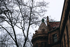 CASTLE. (Raisul Islam Arin) Tags: new york moody castle museam downtown manhattan usa lightroom canon700 d 1855 architecture old tower