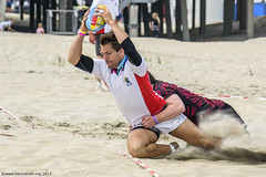 H6G64089 Ameland Invites v Baba Bandits (KevinScott.Org) Tags: kevinscottorg kevinscott rugby rc rfc beachrugby ameland abrf17 2017 vets veterans netherlands