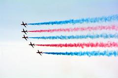 REd and Blue (quintinsmith_ip) Tags: redarrows red arrows smoke white blue plane jet formation raf british royalairforceaerobaticteam royal air force aerobatic team bae hawk t1 baehawkt1 southshields gnr greatnorthrun2017sunderlandsaturday2017air show international fly flying demo smoking